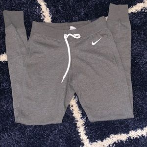 BRAND NEW NIKE TIGHT NWT
